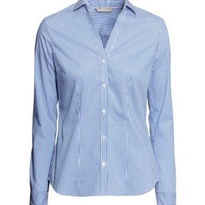 🌴Zara Blue and white striped high low button down